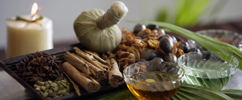 Prepración de las pindas para el masaje